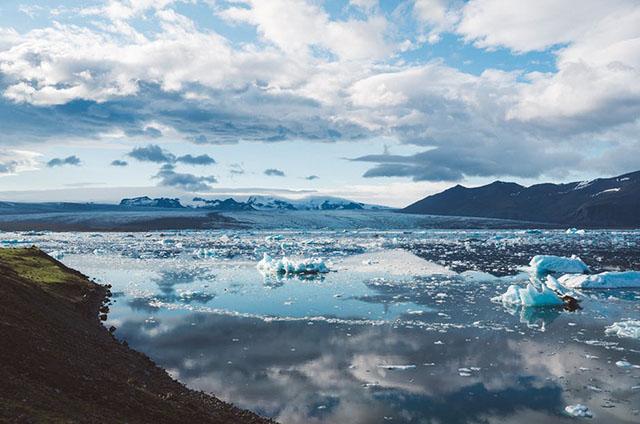 climate-cold-glacier-iceberg.jpg
