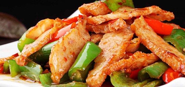 辣椒炒肉卷
