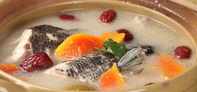 木瓜红枣生鱼汤