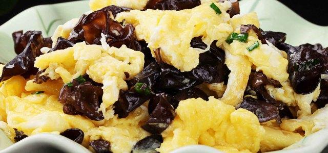 木耳炒鸡蛋