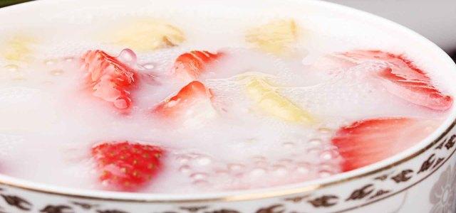 草莓香蕉西米露