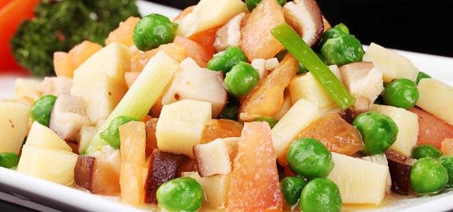 冬笋烩豌豆