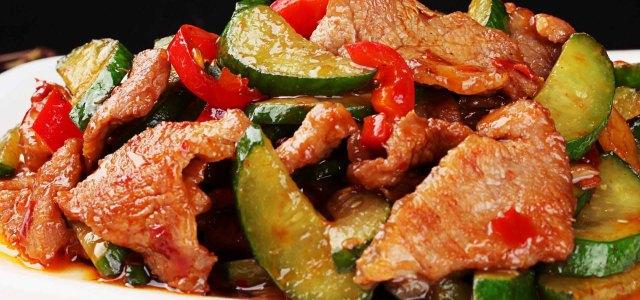 超鲜嫩版本的黄瓜炒肉