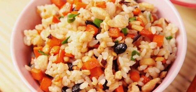 豆豉鸡肉炒饭