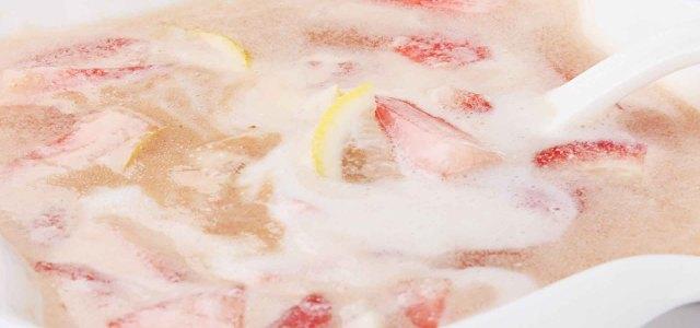 敢把冰激凌放在水果糖水里吗