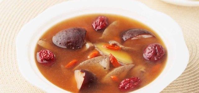 红枣猪肝冬菇汤