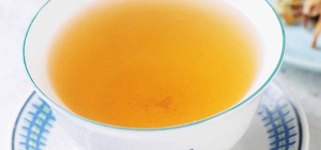 夏季来杯菊花茶解暑清热