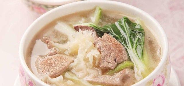 银耳猪肝汤