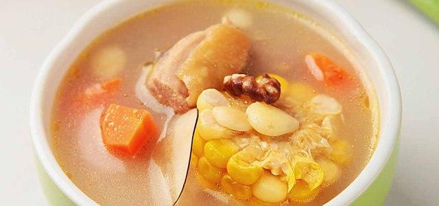 核桃海底椰玉米鸡汤
