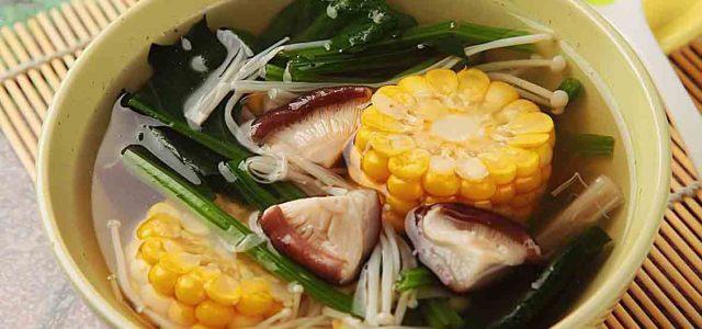 双菇玉米菠菜汤
