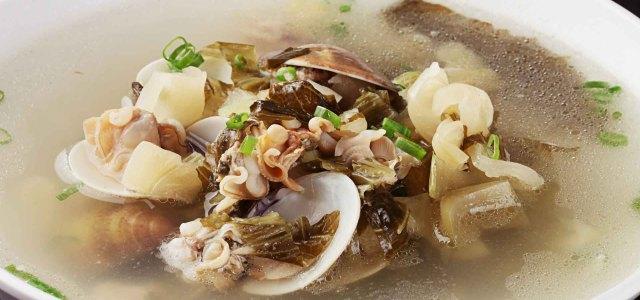 酸菜蛤蜊汤