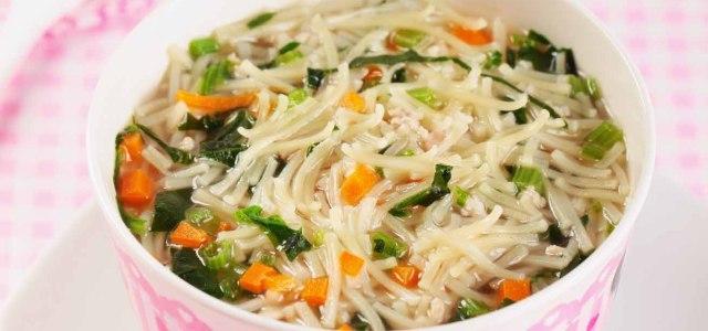 吃菠菜增进健康