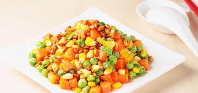 松仁豌豆炒玉米