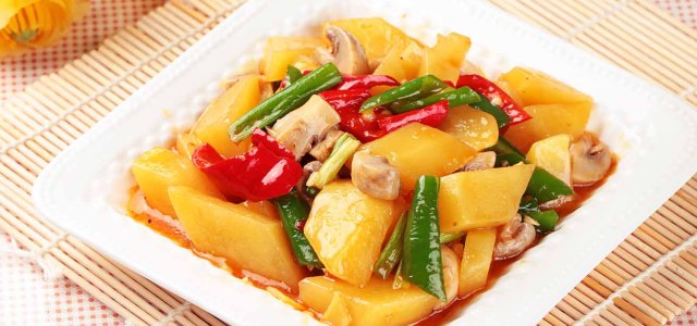 口蘑焖土豆