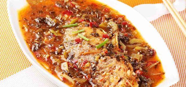 酸菜剁椒小黄鱼