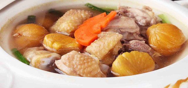 板栗土鸡汤