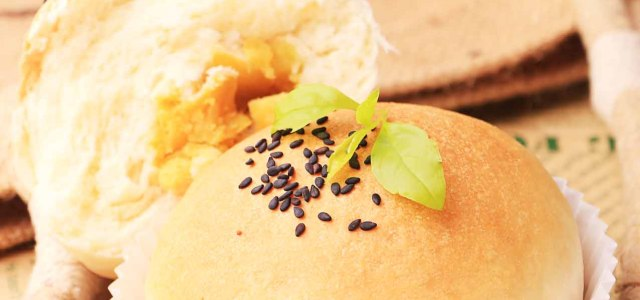 天然酵母黑芝麻红薯面包