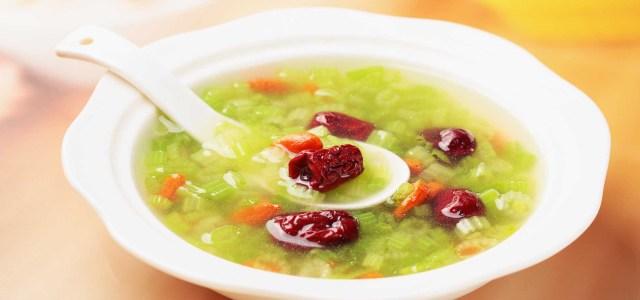枸杞红枣芹菜汤