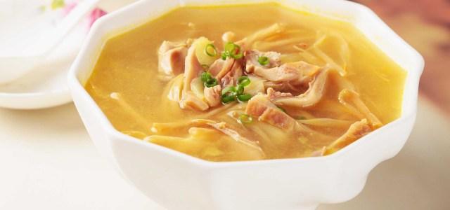 黄花菜猪肚汤