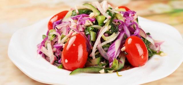紫甘蓝拌杂菜