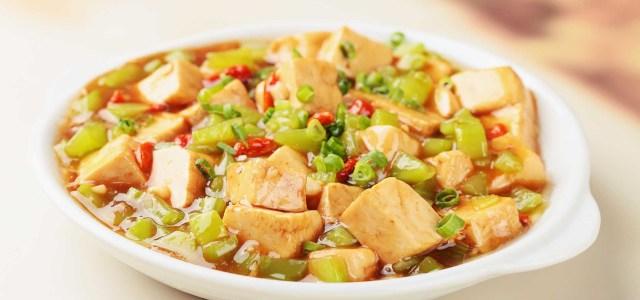 莴笋烧豆腐