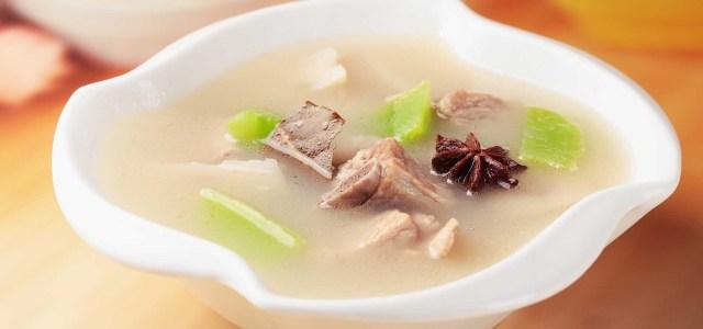 莴笋莲藕排骨汤