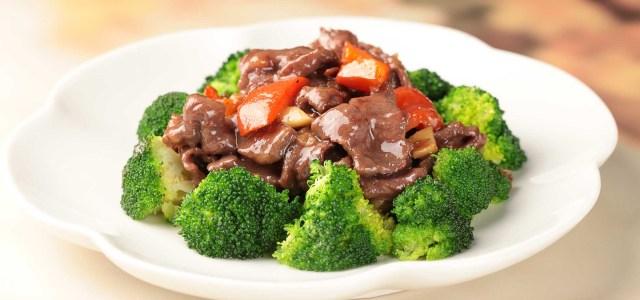 西蓝花炒牛肉