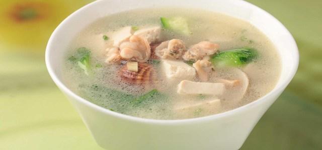 丝瓜蛤蜊豆腐汤