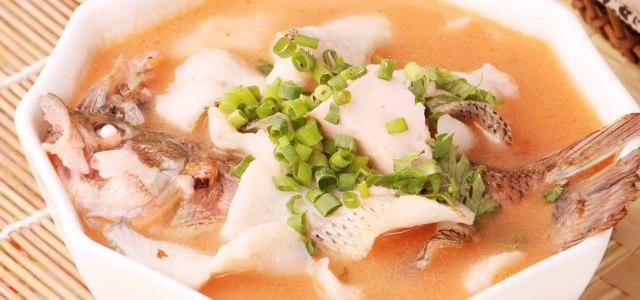 一款酸爽下饭的鱼菜