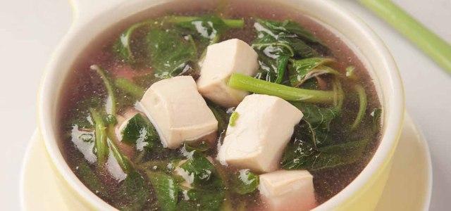 苋菜嫩豆腐汤