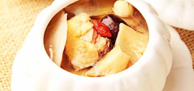 玉竹花胶煲鸡汤