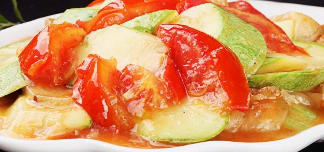 西红柿小炒西葫芦