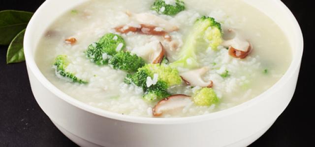 美味好吃的菌菇粥