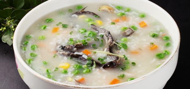 泥鳅三丁粥