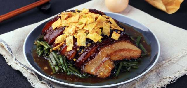 肥而不腻就是蕨菜扣肉