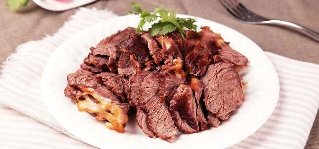 口味一流的家庭自制香卤牛肉