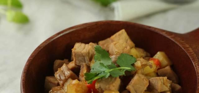 速食土豆猪肉锅
