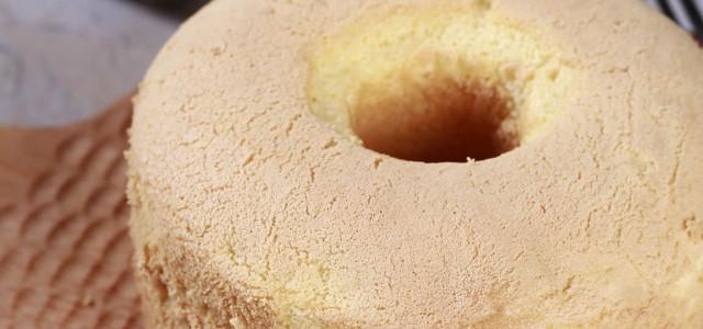 看见胀起的蛋糕,心中满满的是幸福。
