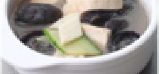 海参豆腐汤