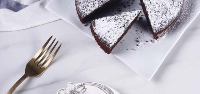 渗透着古典风情的巧克力蛋糕,是不是忍不住想要品味一番呢!
