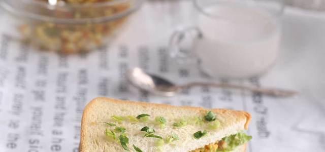 咖喱鸡肉三明治