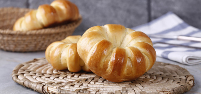 奶香滋味面包。