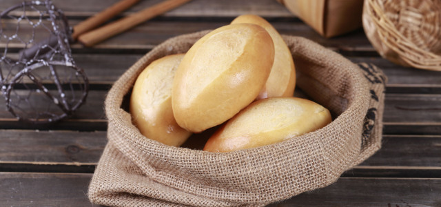 咸味奶香小面包。