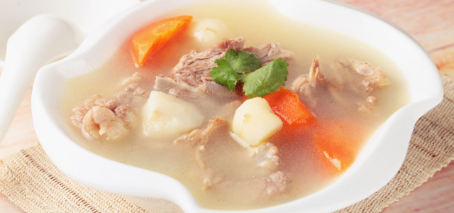 胡萝卜马蹄兔骨汤