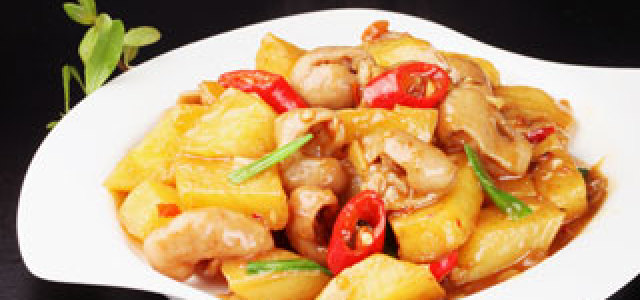 当土豆遇上肥肠,味觉已被沦陷