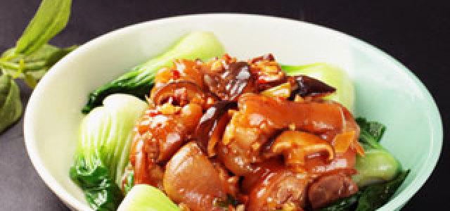 香菇炖猪蹄