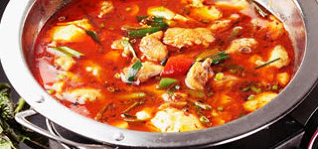 豆腐花和鸡翅的美味大战